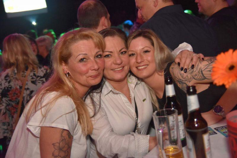 Partyfotos - Subergs ü30 Party - Mehr als eine Party